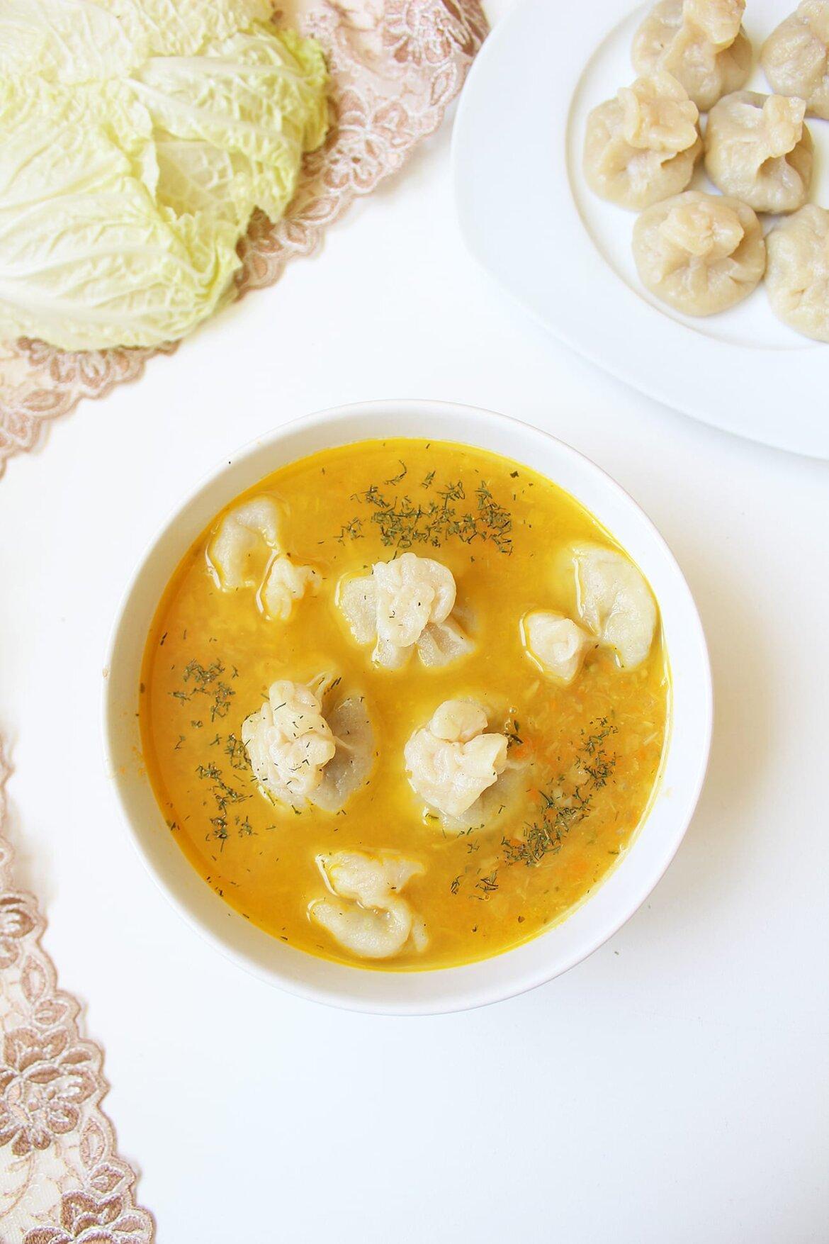 Zupa Z Kapusty Pekinskiej I Kiszonej Z Pierozkami